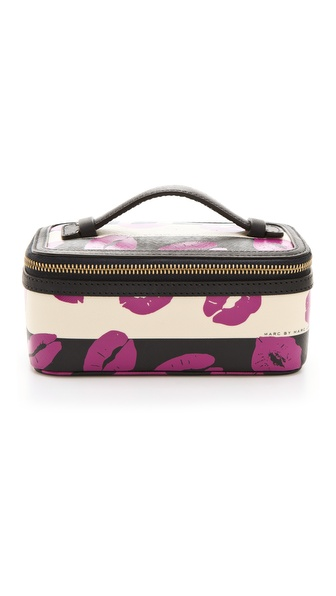 Marc by Marc Jacobs Eazy Pouch Large Travel Cosmetic Case