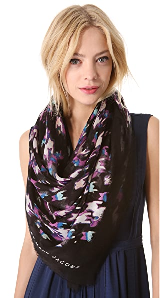 Marc by Marc Jacobs Shooting Houndstooth Scarf