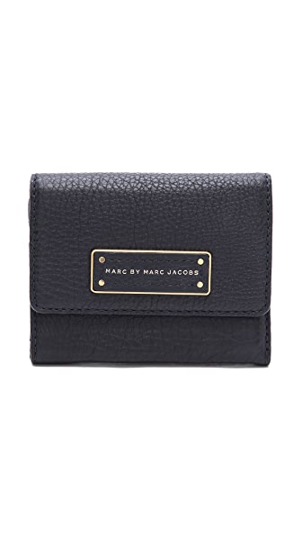 Marc by Marc Jacobs Too Hot To Handle Billfold