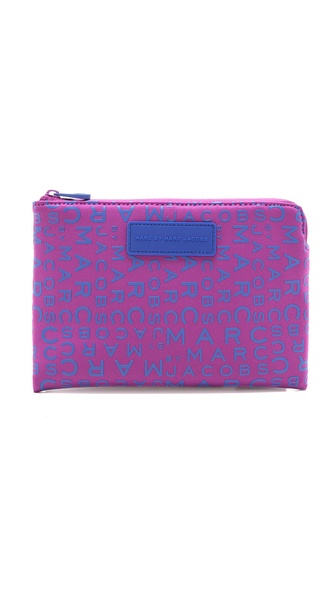 Marc by Marc Jacobs MBMJ New Jumble Logo Neoprene Tablet Mini Case
