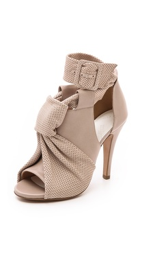 Maison Martin Margiela Leather Knot Sandals