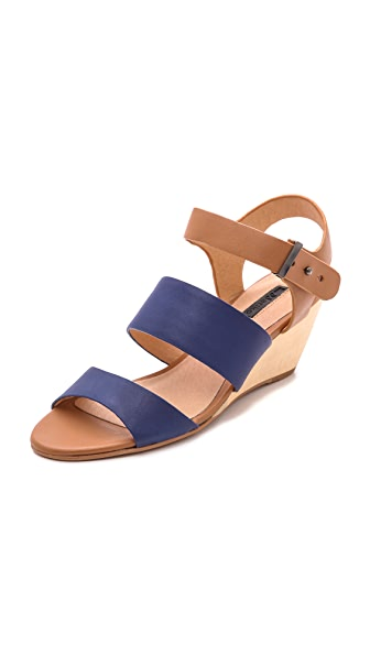 Matiko Lisbeth Wedge Sandals
