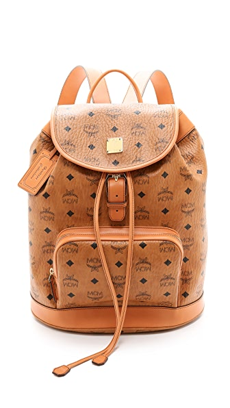 Рюкзак среднего размера