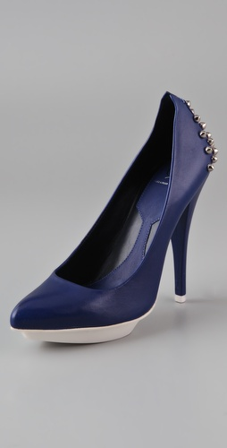 McQ - Alexander McQueen Studded Pumps