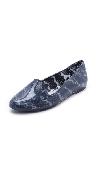 Kupi Melissa cipele online i raspordaja za kupiti Playful Melissa smoking flats rendered in glossy, snake print PVC. Rubber sole. Imported, Brazil. This item cannot be gift boxed. Available sizes: 5,6,7,8,9,10