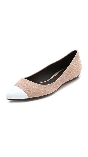 Messeca New York Jacqueline Metal Toe Flats