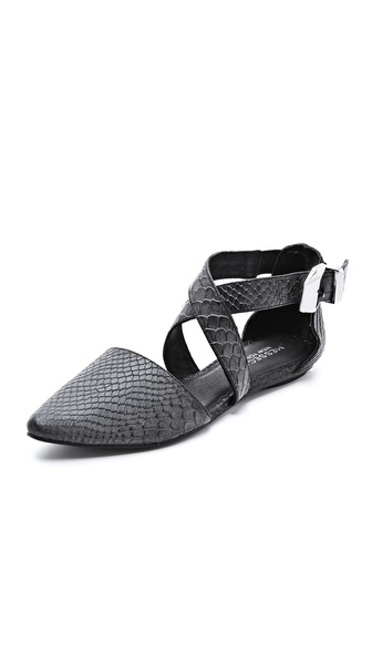 Messeca New York Jaxen D'Orsay Flats