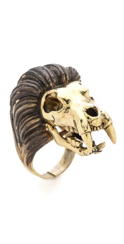 Monserat De Lucca Leo Ring