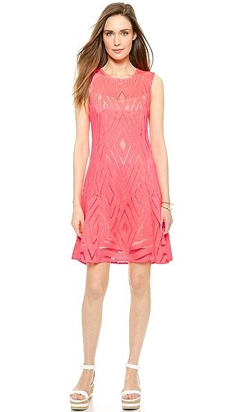 Kupi Nanette Lepore haljinu online i raspordaja za kupiti Nanette Lepore Villa Lace Dress Neon Coral online