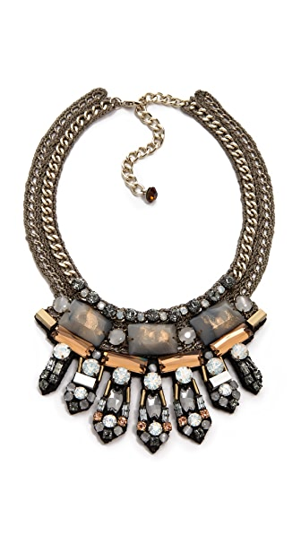 Nocturne Salia Necklace