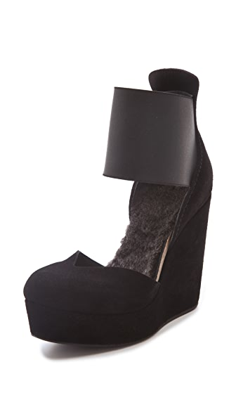 Pedro Garcia Fergie Wedge Pumps