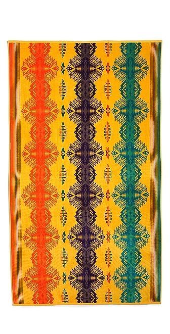 Pendleton, The Portland Collection Sun Dancer Towel