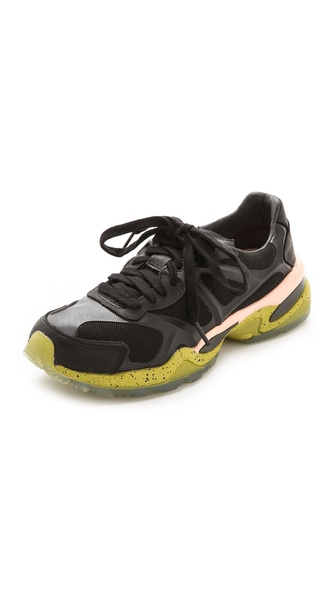 PUMA McQ Run Low Sneakers