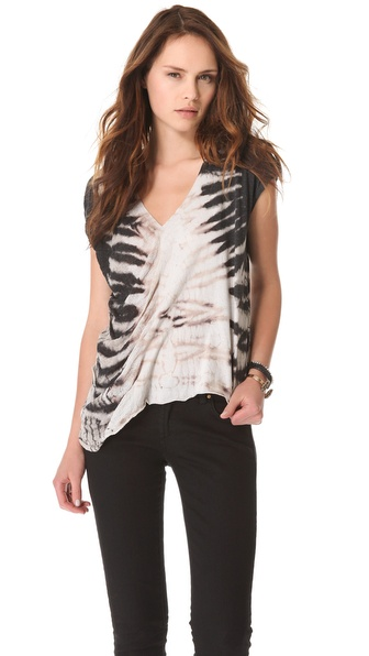 Raquel Allegra Sleeveless V Neck Tee