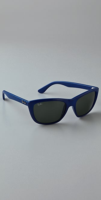 Ray-Ban Modern Cat Sunglasses