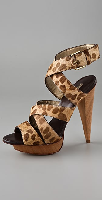 Report Signature Williston Haircalf Sandals