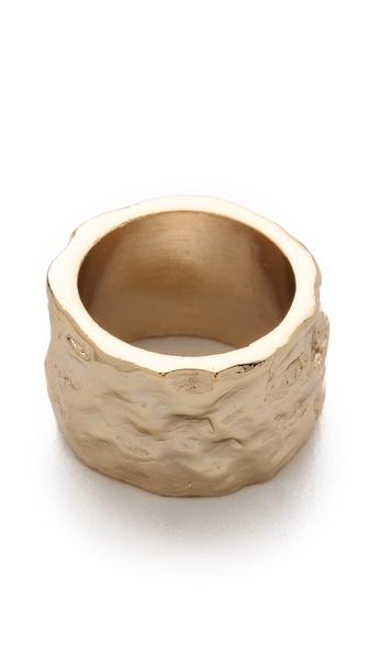 Rose Pierre Banyan Tree Bark Cigar Ring