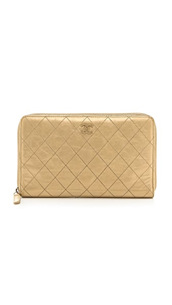 Rachel White Vintage Chanel Quilted Wallet