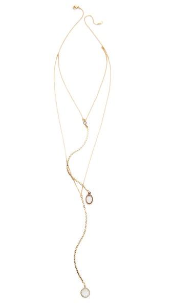 serefina Delicate Vintage Channels Necklace