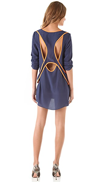 Shakuhachi Active Open Back Dress