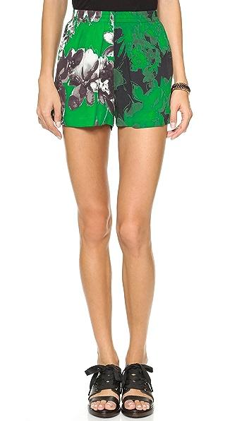 Shakuhachi Photographic Green Elastacised Shorts