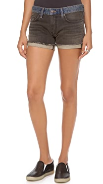 6397 Hot Shorts