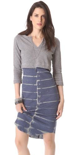SOLOW Cropped Pullover with Deep V