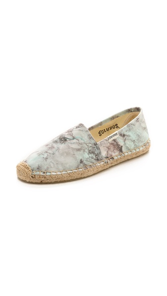 Kupi Soludos cipele online i raspordaja za kupiti Classic Soludos espadrilles, updated in a marbled print. Jute stitching and braided raffia sidewall. Textured rubber sole. Imported, China. This item cannot be gift boxed. Available sizes: 9,10