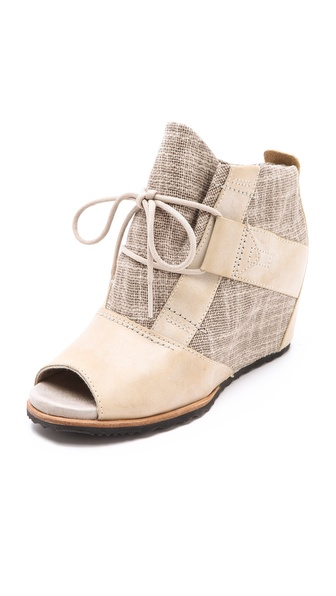 Sorel Lake Wedge Booties
