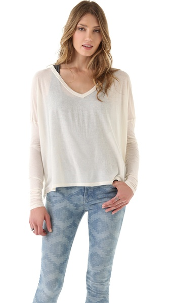 SUNDRY Extra Boxy V Neck Tee