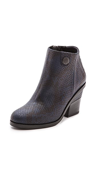 Surface to Air La Paz Booties