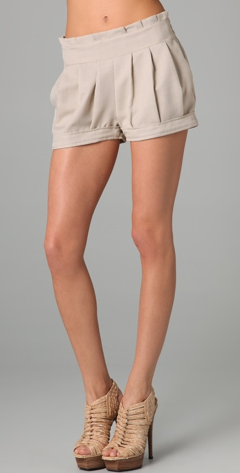 Tbags Los Angeles Pleated Shorts