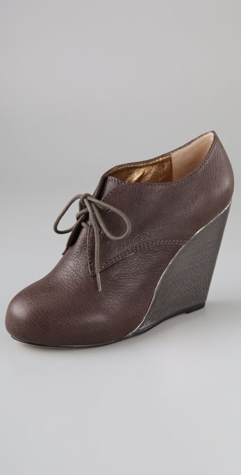 Twelfth St. by Cynthia Vincent Kole Oxford Wedges