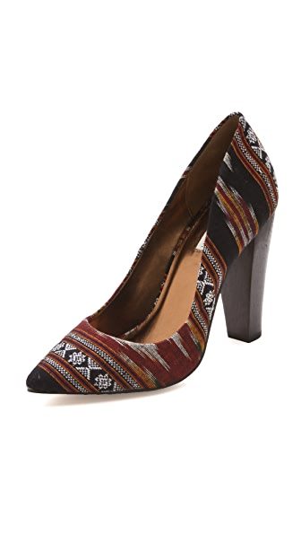 Twelfth St. by Cynthia Vincent Lissett Ikat Pointed Pumps