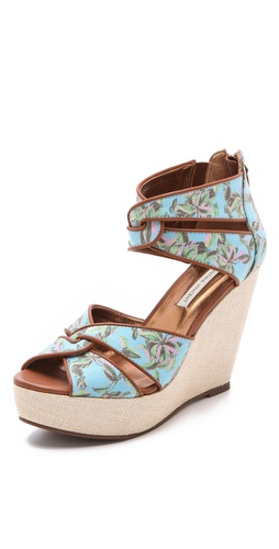 Twelfth St. by Cynthia Vincent Lana Twisted Strap Sandals