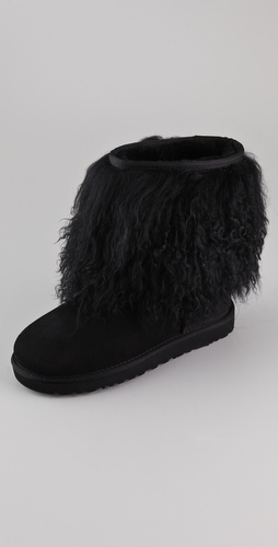 UGG Australia Short Sheepskin Cuff Boots