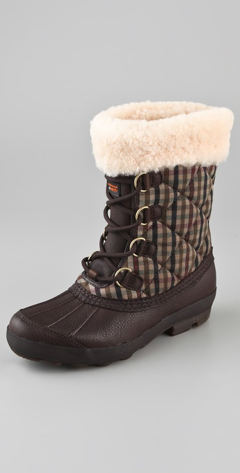 UGG Australia Newberry Plaid Lace Up Boots