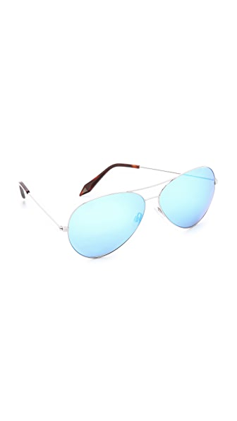 Victoria Beckham Classic Aviator Sunglasses with Mirrored Lenses