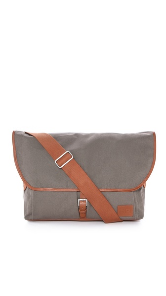 Veja Facteur Canvas Messenger Bag