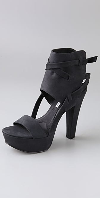 Vera Wang Abby Platform Sandals