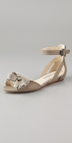 Vera Wang Leni Canvas Bow Sandals
