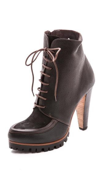 Kupi Vic Italy cipele online i raspordaja za kupiti Vic Italy Lace Up Lug Sole Booties Black cipele