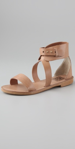 Pour La Victoire Macbeth Flat Sandals