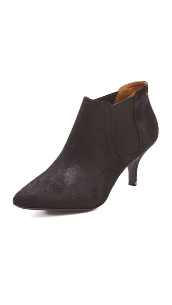 Pour La Victoire Alyssan Suede Booties