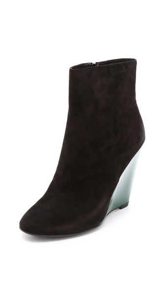 Pour La Victoire Ravel Suede Booties