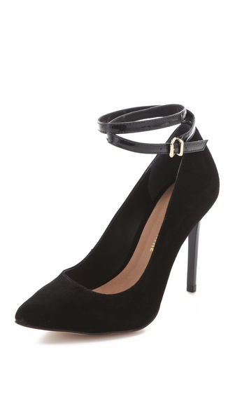 Pour La Victoire Turner Pumps