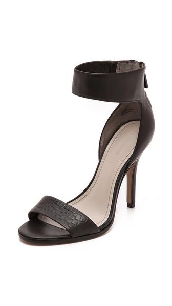 Pour La Victoire Yara Sandals