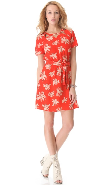 Viva Vena! by Vena Cava Chamberlan Front Tie Dress