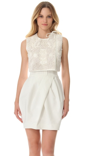 Vera Wang Collection Cropped Sleeveless Jacket