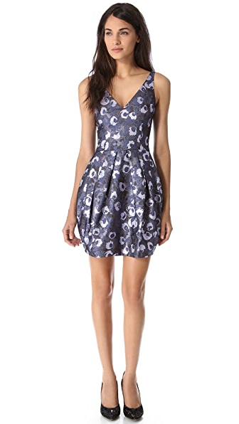 Vera Wang Collection Sleeveless Metallic Brocade Dress